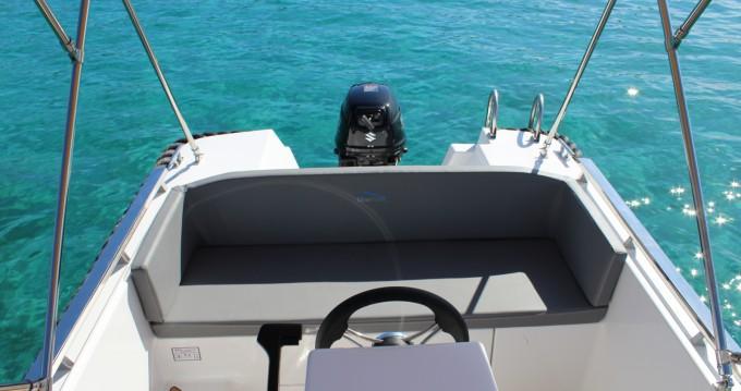 Sylver Yacht Sylver 495 zwischen Privatpersonen und professionellem Anbieter Badia de Santa Ponça
