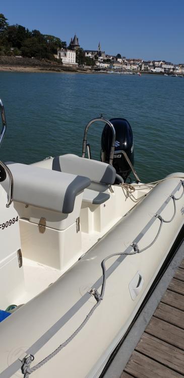 Schlauchboot mit oder ohne Skipper Bombard mieten in Pornic