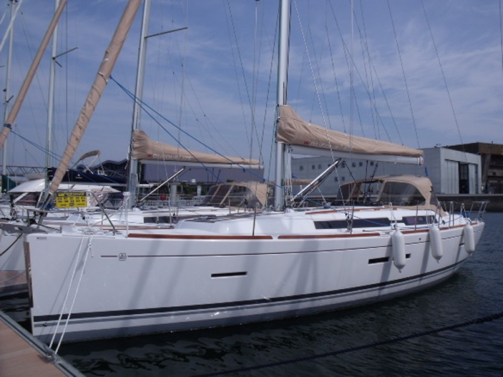 Segelboot mit oder ohne Skipper Dufour mieten in
