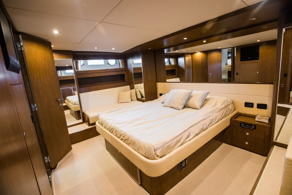 Yacht-Charter in Marina Naviera Balear -  Riva 68 Ego auf SamBoat
