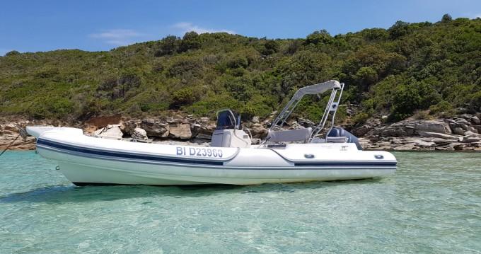 Motonautica-Vesuviana MV 780 Confort zwischen Privatpersonen und professionellem Anbieter Saint-Florent