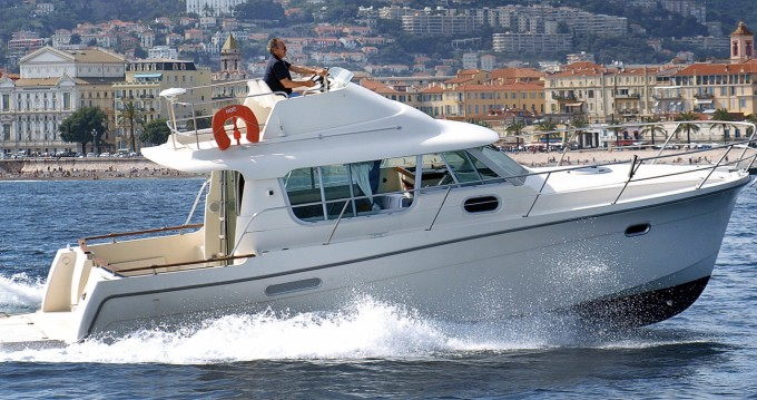 Bootsverleih Ocqueteau Ocqueteau 975 Fly Nice Samboat