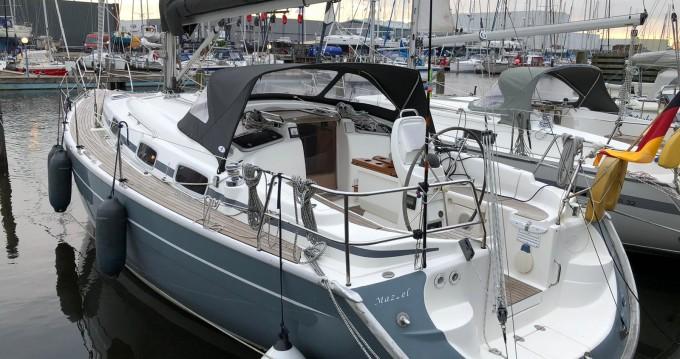 Bavaria Bavaria 37 Cruiser zwischen Privatpersonen und professionellem Anbieter Lemmer