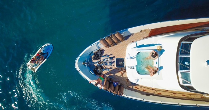 Yachten mieten in Nice - Mondomarine Mondomarine 82