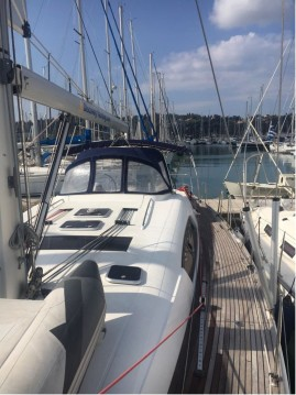 Segelboot mit oder ohne Skipper Bénéteau mieten in Gouviá