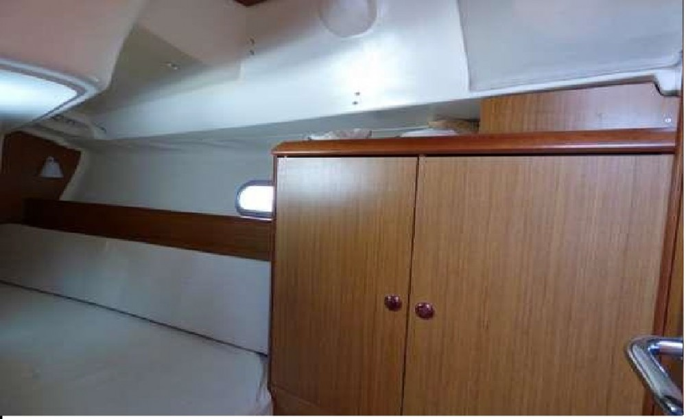 Segelboot mieten in  - Jeanneau Sun Odyssey 32i
