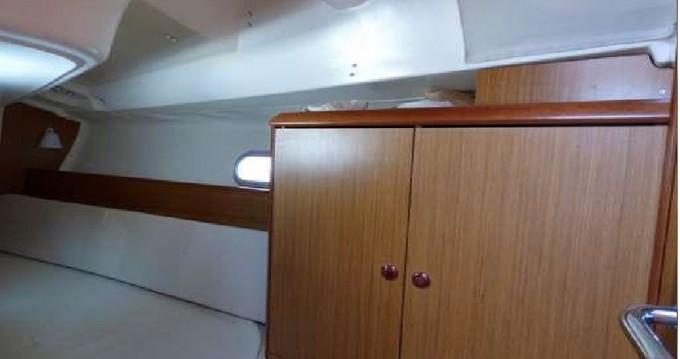 Bootsverleih Jeanneau Sun Odyssey 32i Gouviá Samboat