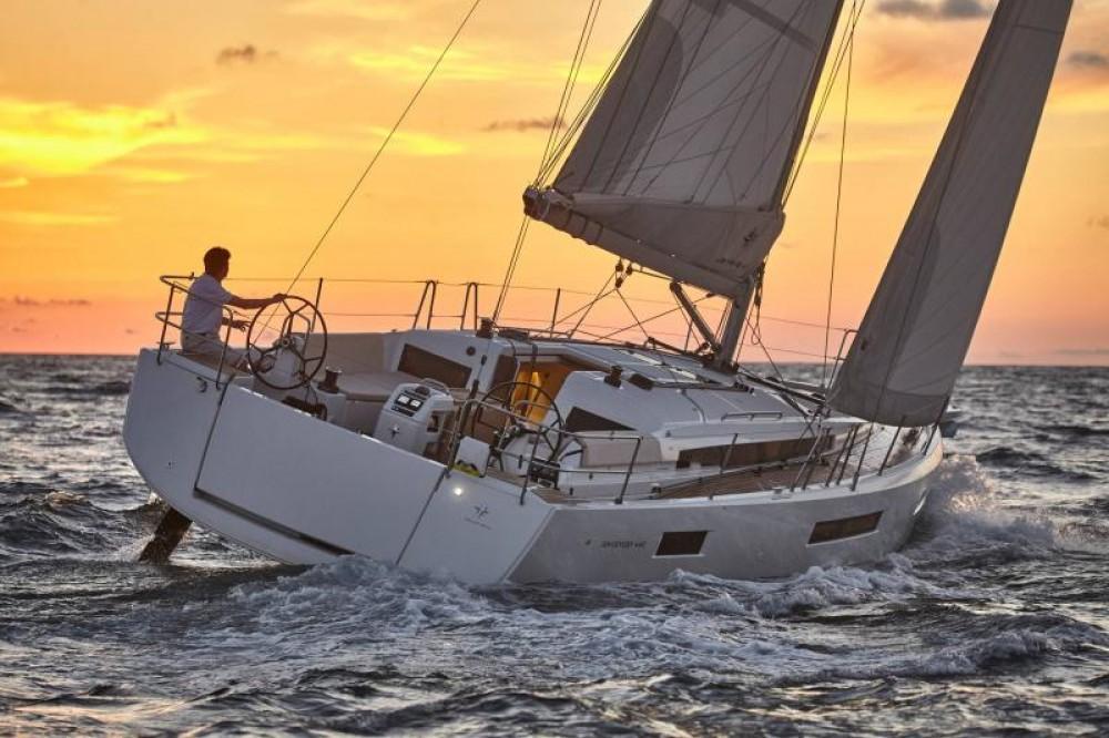 Bootsverleih Jeanneau Sun Odyssey 440 Porto Santa Margherita Samboat