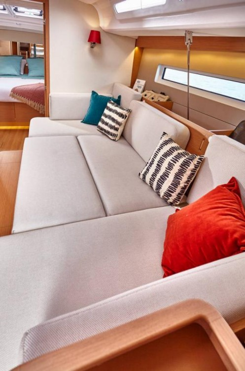 Segelboot mieten in Porto Santa Margherita zum besten Preis