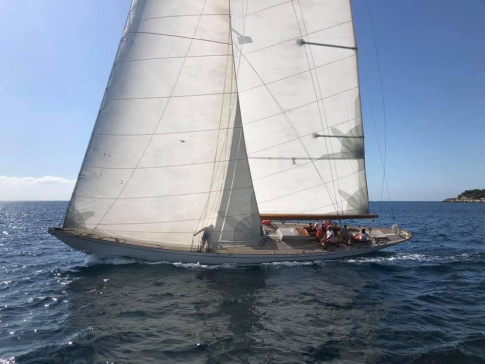 Ein Sloop Marconi Classique 12MJI mieten in La Ciotat