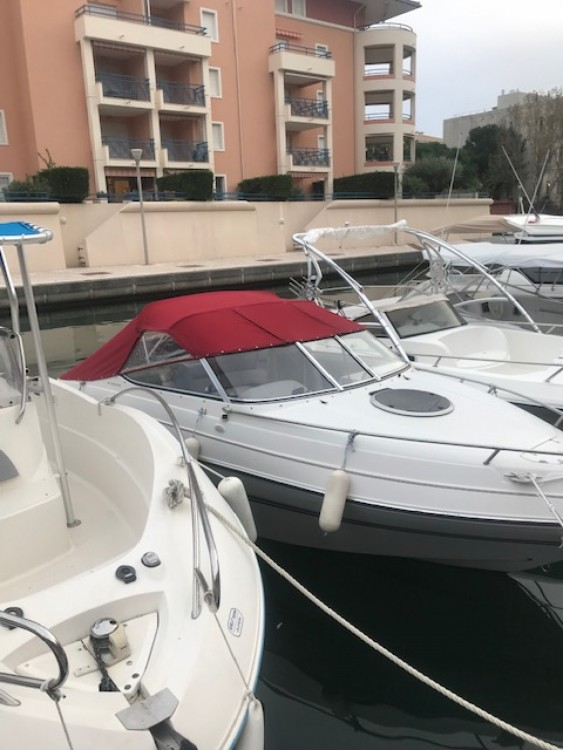 Motorboot mit oder ohne Skipper Four Winns mieten in Fréjus