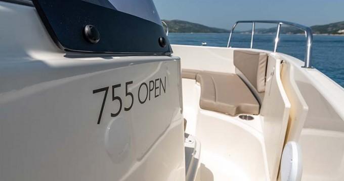 Motorboot mit oder ohne Skipper Quicksilver mieten in Trogir