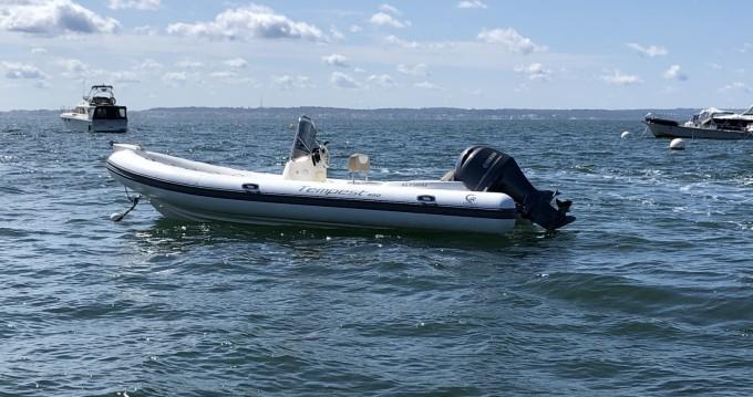 Schlauchboot mit oder ohne Skipper Capelli mieten in Grand Piquey