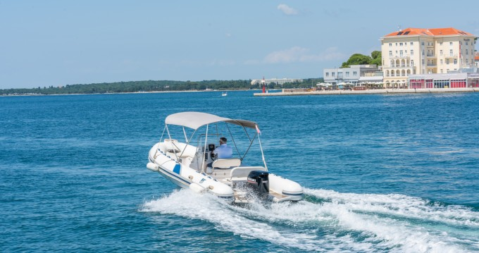 Schlauchboot mit oder ohne Skipper Tiger mieten in Poreč