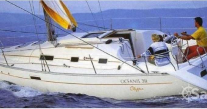 Ein Bénéteau Oceanis 311 DL mieten in Arzon