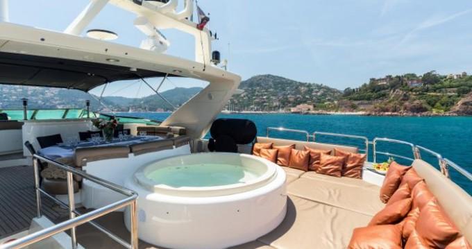 Bootsverleih Azimut Azimut 100  Cannes Samboat