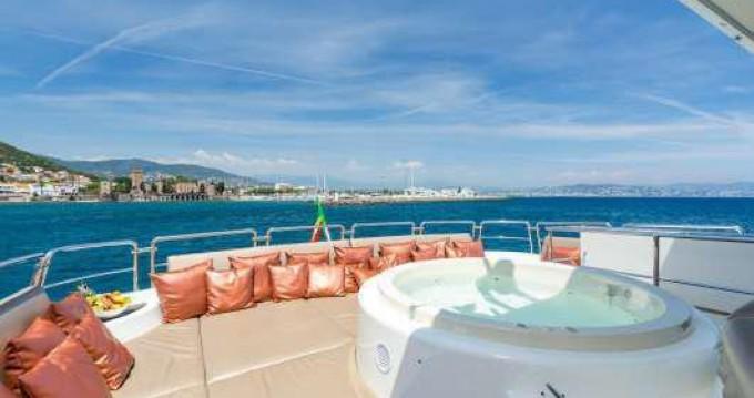 Yacht-Charter in Cannes - Azimut Azimut 100  auf SamBoat
