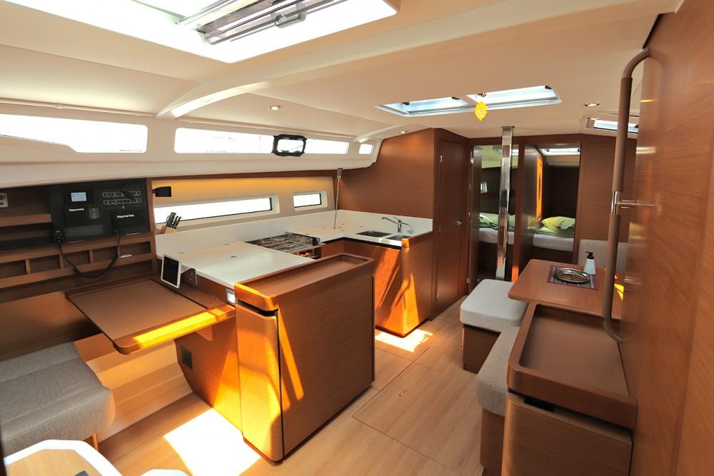 Yacht-Charter in Peloponnese - Jeanneau Sun Odyssey 440 auf SamBoat