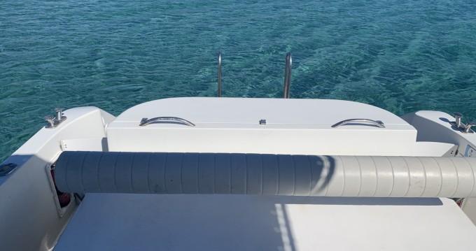 Motorboot mit oder ohne Skipper Firebird mieten in Palau