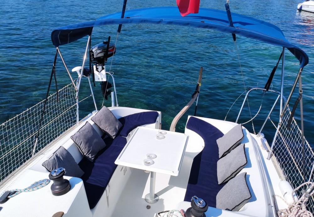 Jeanneau Sun Odyssey 29.2 zwischen Privatpersonen und professionellem Anbieter Vallauris