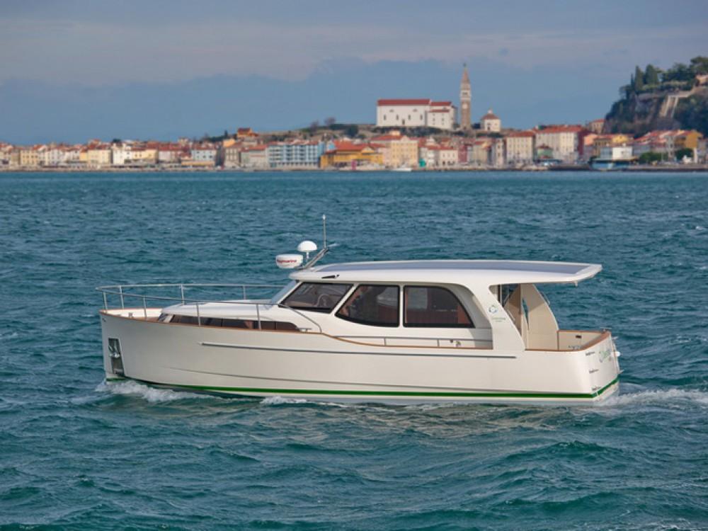 Yacht-Charter in Vila Nova de Gaia - Seaway Greenline 33 auf SamBoat