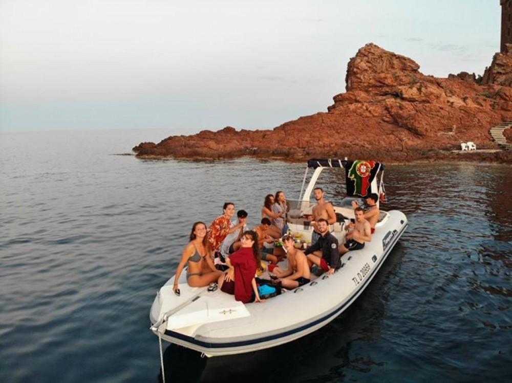 Schlauchboot mieten in Saint-Raphaël - Capelli Tempest 750