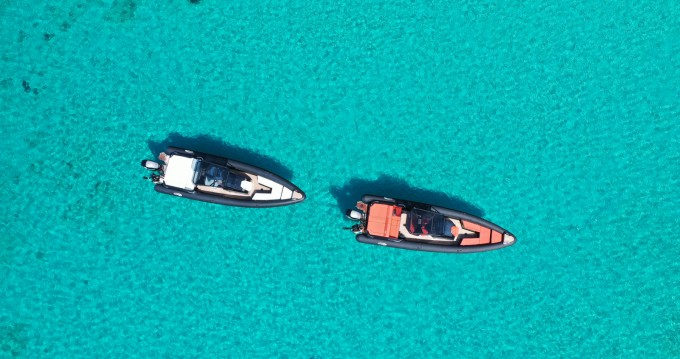 SEA FIGHTER Ultimeight 30ft zwischen Privatpersonen und professionellem Anbieter Ornós