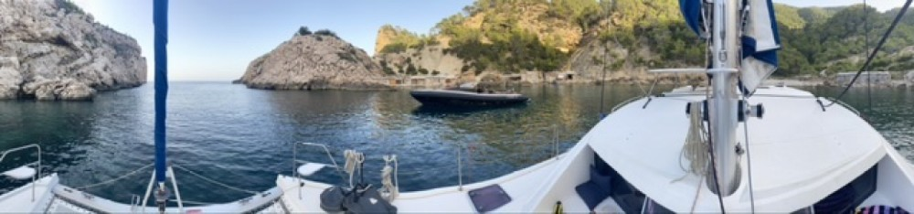 Katamaran mit oder ohne Skipper Robertson and Caine mieten in Valencia