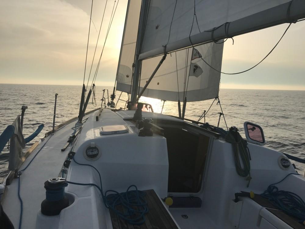 Segelboot mit oder ohne Skipper Dufour mieten in Agde