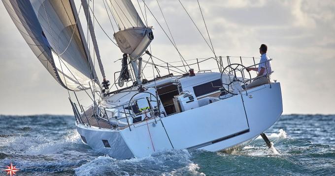 Yacht-Charter in Castellammare di Stabia - Jeanneau Sun Odyssey 490 auf SamBoat