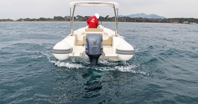 Bootsverleih Capelli Tempest 775 Open Fort-de-France Samboat