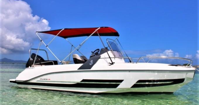 Motorboot mit oder ohne Skipper Bénéteau mieten in Pointe-à-Pitre