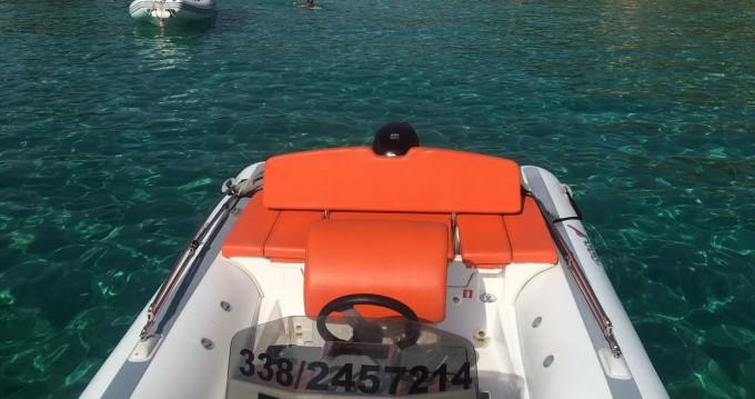 Schlauchboot mit oder ohne Skipper MV Marine mieten in Olbia