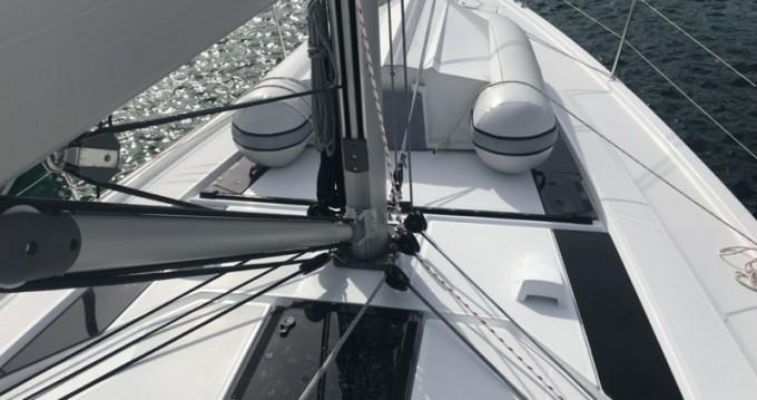 Bénéteau Oceanis 46.1 zwischen Privatpersonen und professionellem Anbieter Castiglioncello
