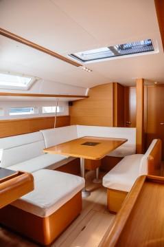Jeanneau Sun Odyssey 519 zwischen Privatpersonen und professionellem Anbieter Trapani