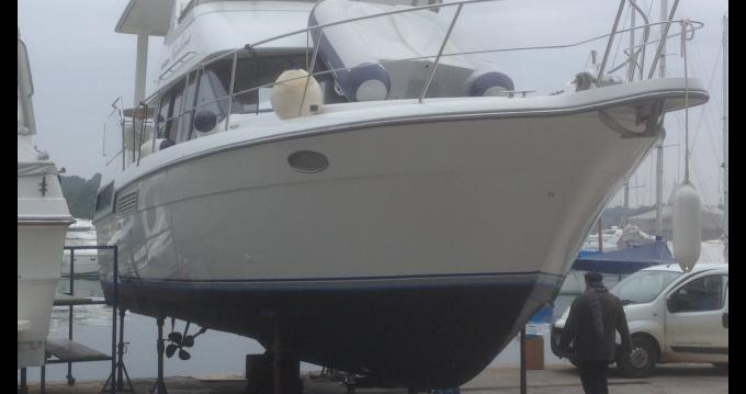 Motorboot mit oder ohne Skipper Carver mieten in Marina di Ravenna