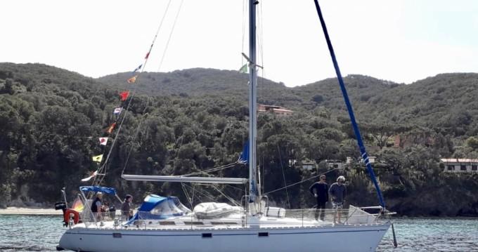 Ein Jeanneau Sun Odyssey 44 mieten in Portoferraio