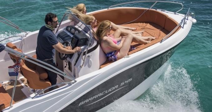 Motorboot mit oder ohne Skipper Okiboats mieten in Trogir