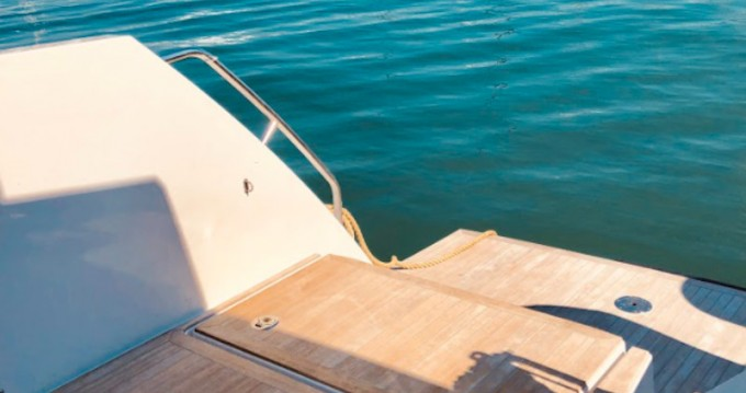 Yacht-Charter in Gouviá -  Nautitech 47 Power auf SamBoat