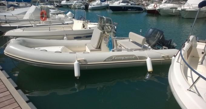 Schlauchboot mit oder ohne Skipper Capelli mieten in Porto Pozzo