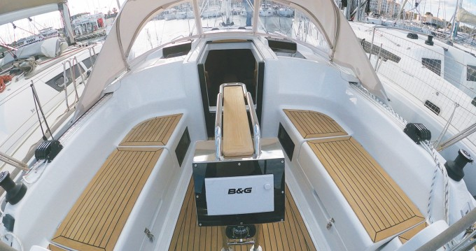 Bootsverleih Hyères günstig Hanse 348