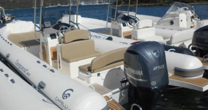 Schlauchboot mieten in Arbatax zum besten Preis
