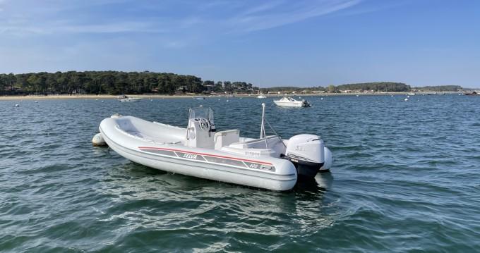 Schlauchboot mit oder ohne Skipper Selva mieten in Grand Piquey