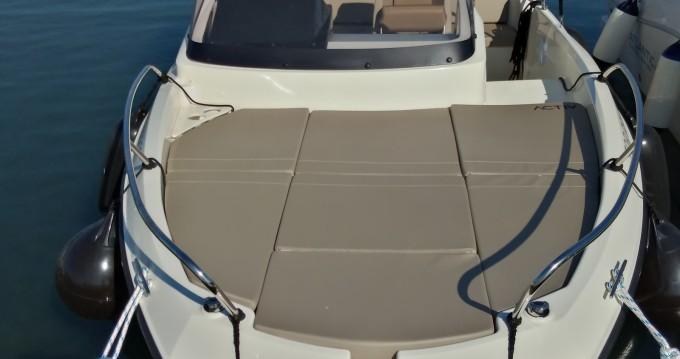 Motorboot mit oder ohne Skipper Quicksilver mieten in Pula