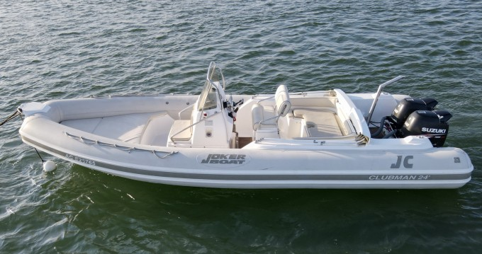 Joker Boat Clubman 24 zwischen Privatpersonen und professionellem Anbieter Grand Piquey