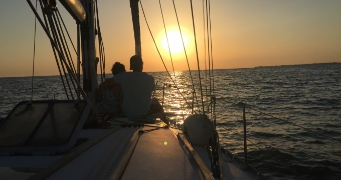Ein Jeanneau Sun Odyssey 37.1 mieten in Rota