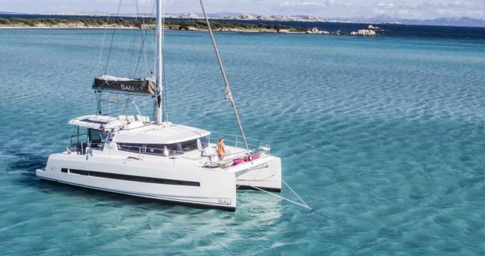 Bali Catamarans Bali 4.1 zwischen Privatpersonen und professionellem Anbieter Ajaccio
