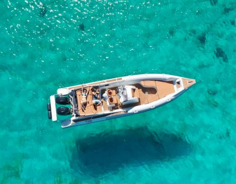 Skipper sport cabin 95 zwischen Privatpersonen und professionellem Anbieter Kissamos