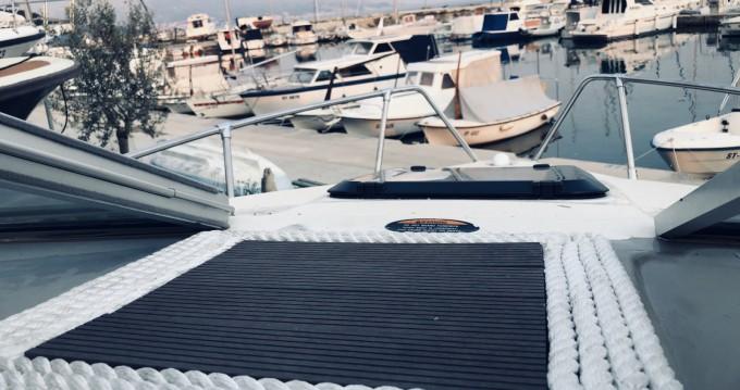 Motorboot mieten in Split - Bayliner Capri 2052