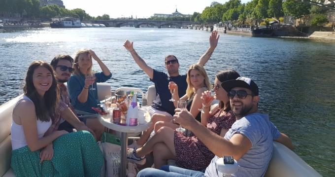 Ein SUNCHASER TRAVERSE 750 mieten in Paris